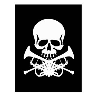 Cráneo con las trompetas como bandera pirata postales