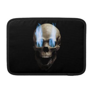 Cráneo con llamas azules funda para macbook air