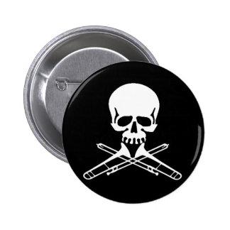 Cráneo con los Trombones como bandera pirata Pin Redondo De 2 Pulgadas