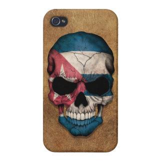 Cráneo cubano envejecido y llevado de la bandera iPhone 4/4S fundas