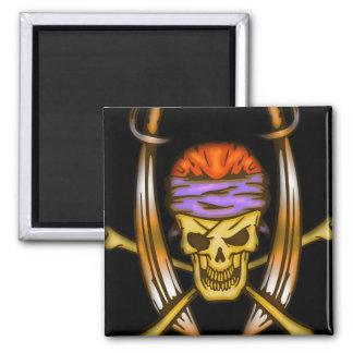 Cráneo de balanceo 2 del pirata de la espada imanes de nevera