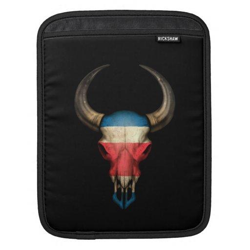 Cráneo de Bull de la bandera de Costa Rica en negr Fundas Para iPads