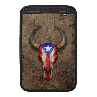 Cráneo de Bull de la bandera de Puerto Rico en el  Funda Macbook Air