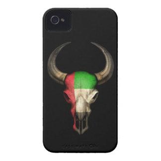 Cráneo de Bull de la bandera de United Arab Emirat Case-Mate iPhone 4 Carcasas