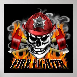 Cráneo de encargo del bombero con flamear las poster