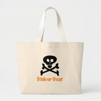 Cráneo de Halloween y bolso de la bandera pirata Bolsa Tela Grande