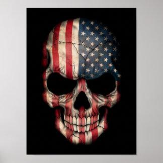 Cráneo de la bandera americana en negro posters