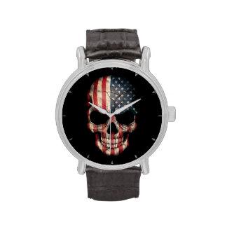 Cráneo de la bandera americana en negro relojes