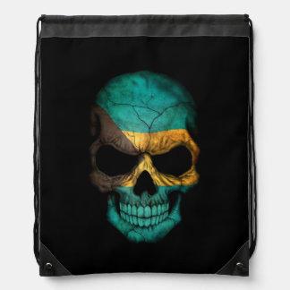 Cráneo de la bandera de Bahamas en negro Mochila