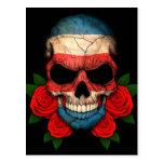 Cráneo de la bandera de Costa Rica con los rosas r Tarjeta Postal