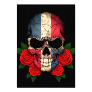 Cráneo de la bandera de la República Dominicana co Anuncio Personalizado