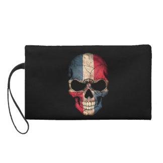 Cráneo de la bandera de la República Dominicana en