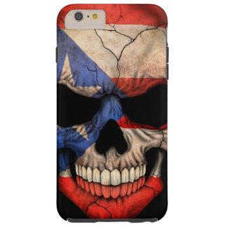 Cráneo de la bandera de Puerto Rico en negro Funda Para iPhone 6 Plus Tough