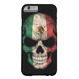 Cráneo de la bandera mexicana en negro funda de iPhone 6 barely there