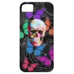 Cráneo de la fantasía y mariposas coloreadas iPhone 5 Case-Mate protector