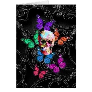 Cráneo de la fantasía y mariposas coloreadas tarjeta pequeña