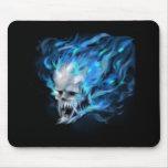 Cráneo de la llama azul tapete de ratones