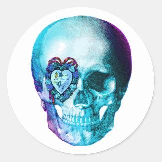 Cráneo de la tarjeta del día de San Valentín de la Pegatina Redonda