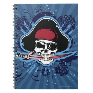 Cráneo de un pirata spiral notebooks