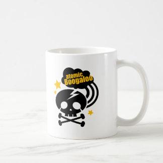 cráneo del atomicboogaloo taza básica blanca