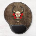 Cráneo del azúcar de Bull con los rosas rojos en e Alfombrillas Con Gel