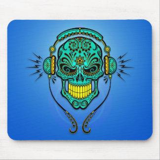 Cráneo del azúcar de DJ - azul y amarillo Alfombrillas De Ratón