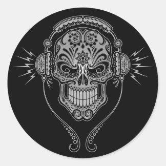Cráneo del azúcar de DJ - negro Pegatina Redonda