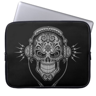 Cráneo del azúcar de DJ, oscuro Fundas Computadoras