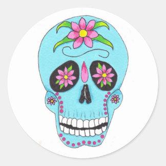Cráneo del azúcar de la flor pegatina redonda