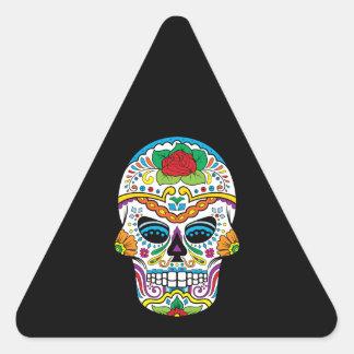 Cráneo del azúcar del rosa rojo de la bandera pegatina triangular