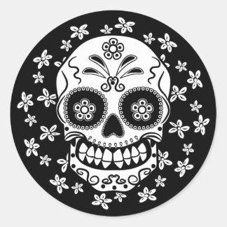 Cráneo del azúcar pegatina redonda