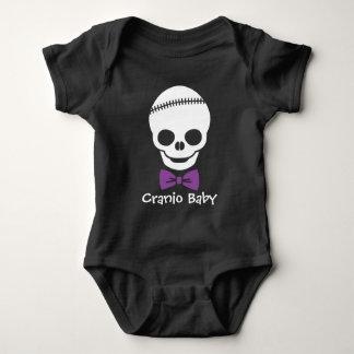 Cráneo del bebé de Cranio con Bowtie púrpura Body Para Bebé