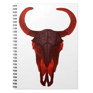 Cráneo del búfalo del diablo libros de apuntes