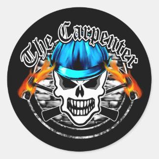 Cráneo del carpintero y casco azul pegatina redonda