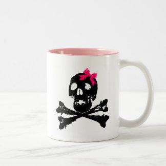 Cráneo del chica con el arco rosado taza dos tonos