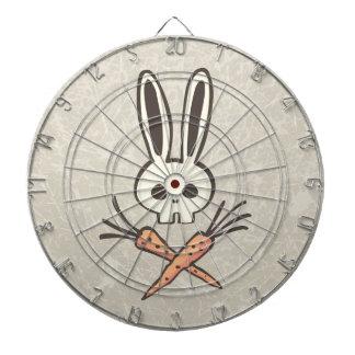 Cráneo del conejito del dibujo animado y Dartboard
