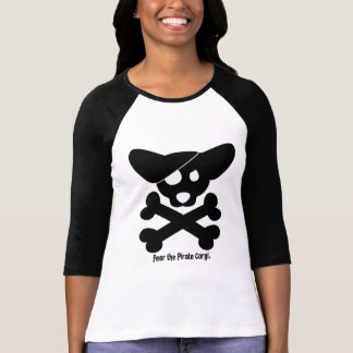 Cráneo del Corgi y camiseta de las señoras de la Poleras