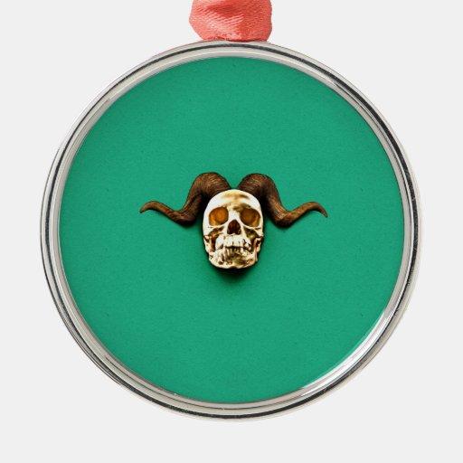 Cráneo del espolón ornaments para arbol de navidad