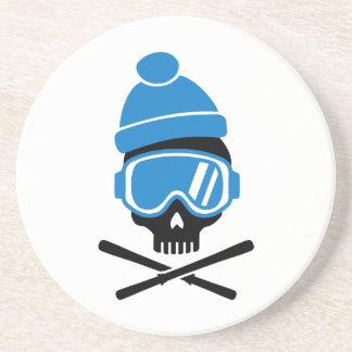 Cráneo del esquí posavasos diseño
