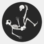 Cráneo del fútbol de Hamlet Etiqueta Redonda