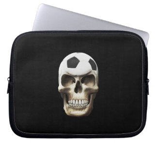 Cráneo del fútbol (fútbol) fundas portátiles