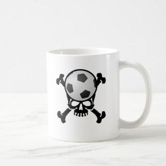 Cráneo del fútbol taza básica blanca
