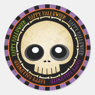 Cráneo del Grunge del feliz Halloween y pegatinas Pegatina Redonda