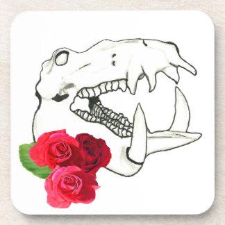 Cráneo del hipopótamo con los rosas posavaso