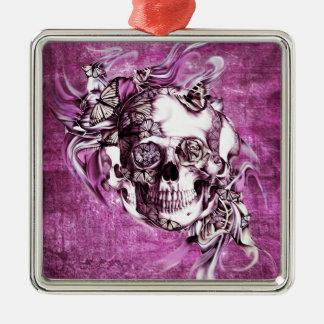 Cráneo del humo del ciruelo con las mariposas adorno navideño cuadrado de metal