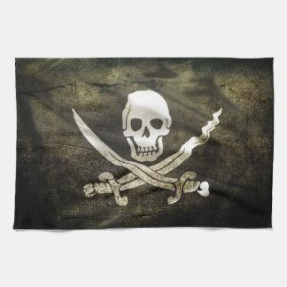 Cráneo del pirata en espadas cruzadas toallas