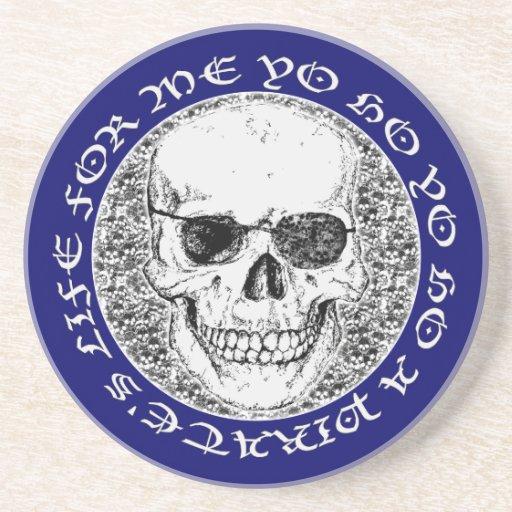 cráneo del pirata posavasos de arenisca