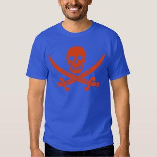 Cráneo del pirata y camiseta anaranjados del azul polera