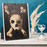 Cráneo del siglo XVII y bandera pirata Placa De Madera
