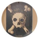 Cráneo del siglo XVII y bandera pirata Platos